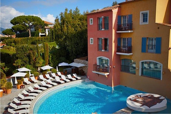 Hotel-Byblos-Pool-St-Tropez-French-Riviera