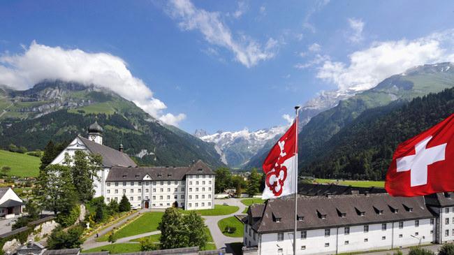 Kloster, Fahnen, Schweiz, Obwalden; Monastery, Flag, Switzerland, Obwalden;