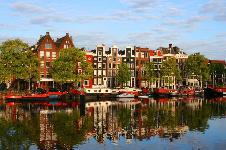 Amsterdam – orasul tuturor posibilitatilor