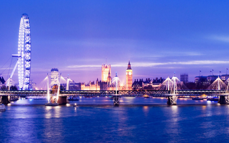 Escapada in istorica si moderna Londra !
