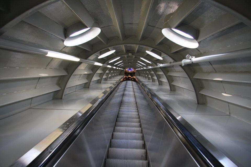 Atomium-elevators