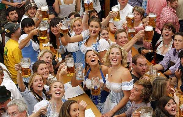 Astazi incepe Oktoberfest 2013 la Munchen – Germania