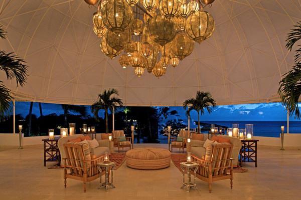 Resortul Cap Juluca din Caraibe pentru luna voastra de miere!