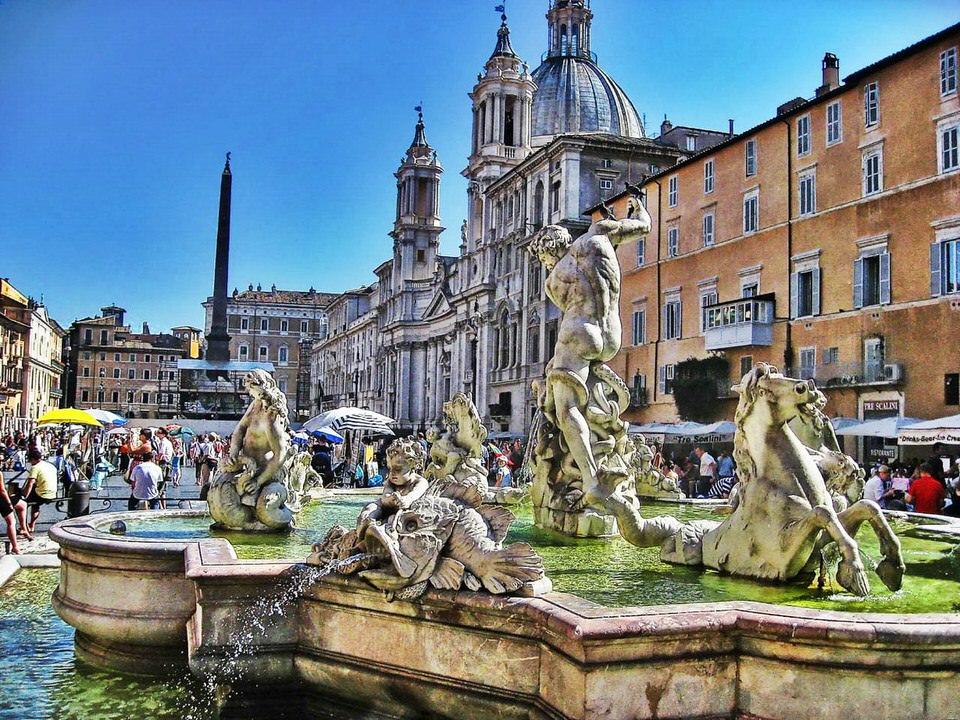 Bologna sau orasul rosu plin de cultura si arta
