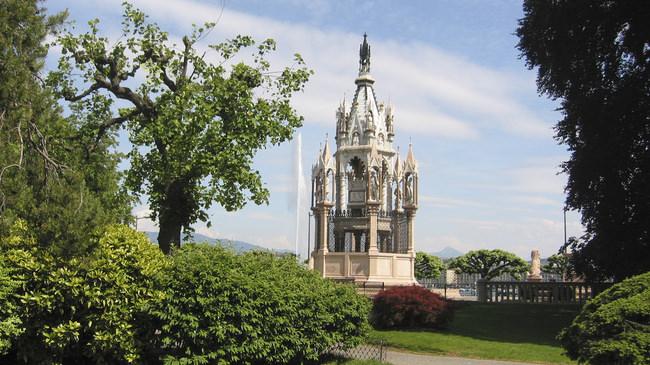 monument-Brunswick