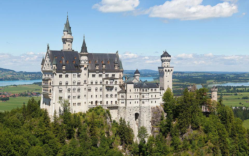 Cele mai frumoase castele ale Europei imbracate in misterul istoriei