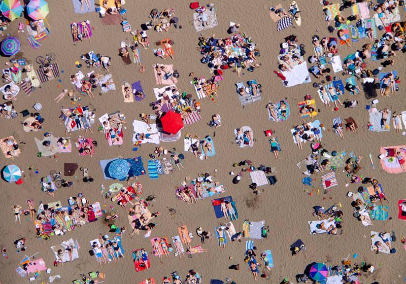 ocean-beach-horizontal-aerial-maison-gray