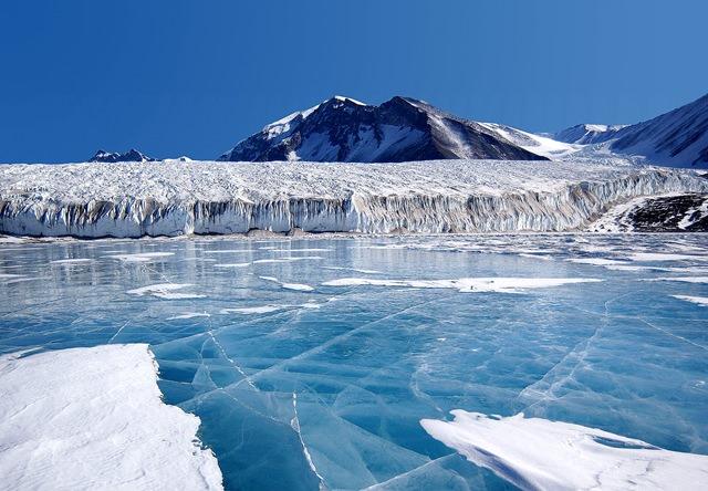 misterele-antarcticii3