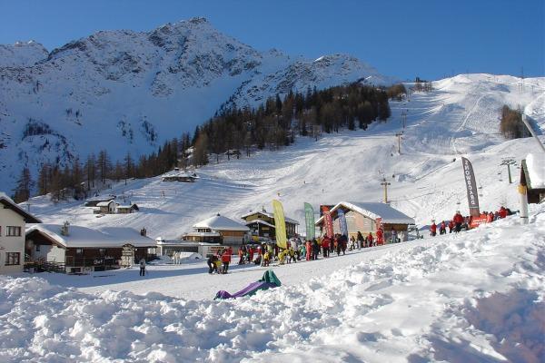 top-statiuni-ski-italia-courmayeur