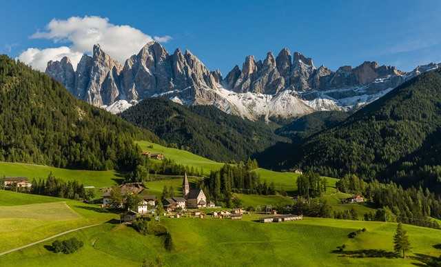Odle-Mountains-Italy