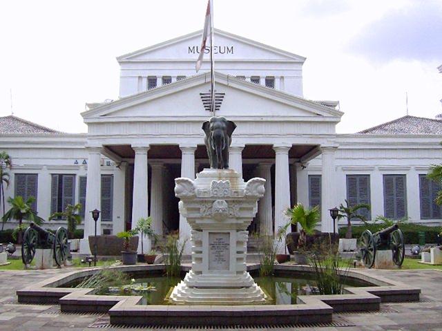 muzeul-national-indonezia-jakarta