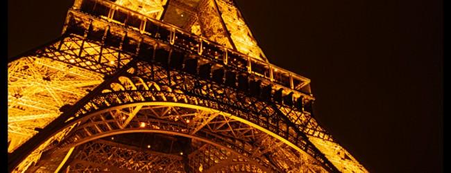 Turnul Eiffel – cel mai important obiectiv turistic in Paris