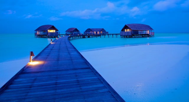 17 - 8 Cocoa Island Resort Maldives