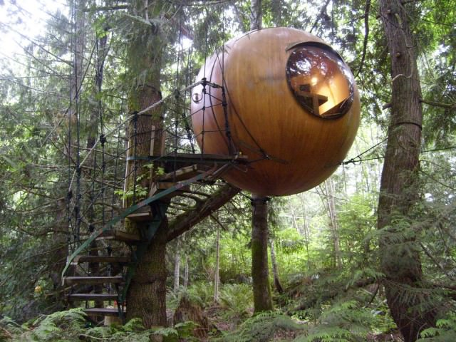 77 - 45 Free Spirit Spheres Canada