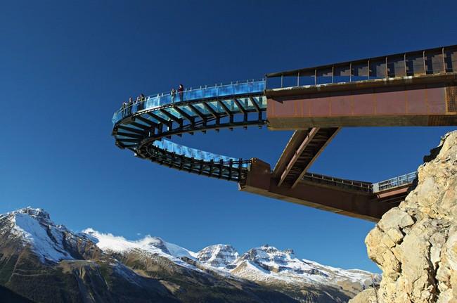 Glacier-Skywalk-00001