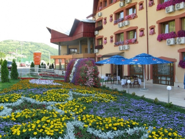 Grand Hotel Perla Ciucasului (7)