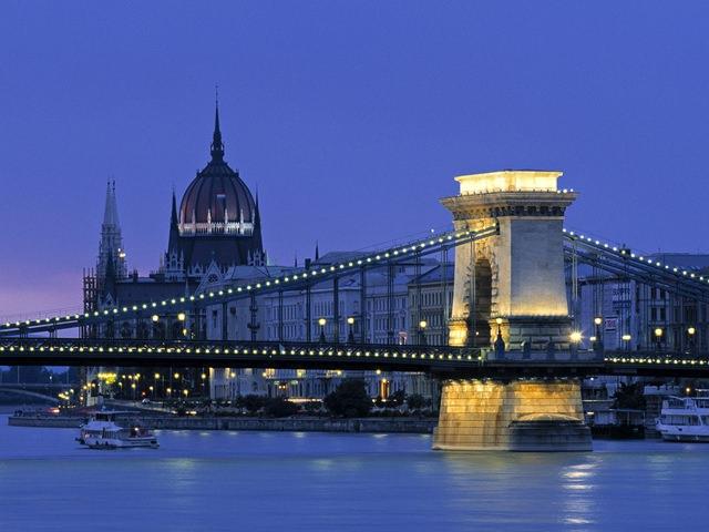 podul-cu-lanturi-budapesta (2)