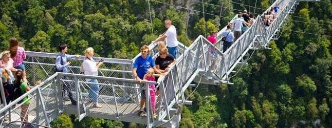 SkyBridge, cel mai lung pod pietonal din lume