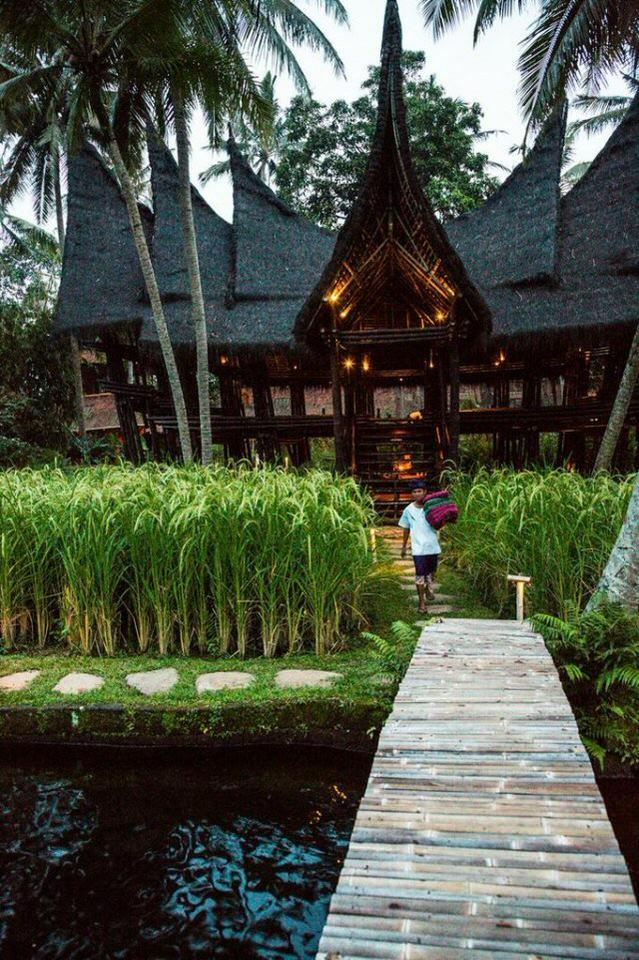 Bambu-Indah-Resort-Bali-Bridge