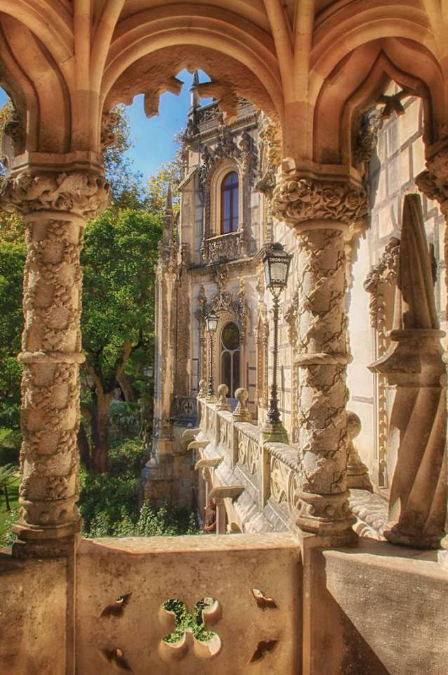 Palace-of-Mystery-Quinta-da-Regaleira-by-Taylor-Moore34__880