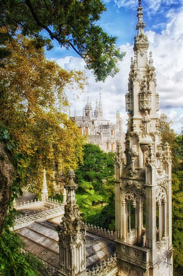 Palace-of-Mystery-Quinta-da-Regaleira-by-Taylor-Moore43__880