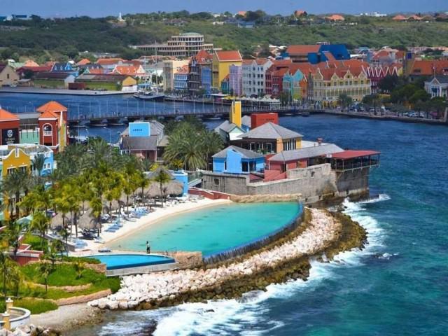13-renaissance-curacao-resort-and-casino-curacao