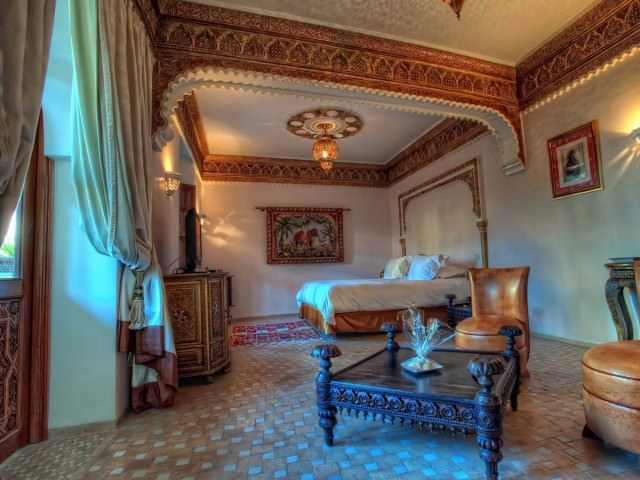 experience-famous-moroccan-hospitality-at-a-riad-a-traditional-moroccan-guest-house
