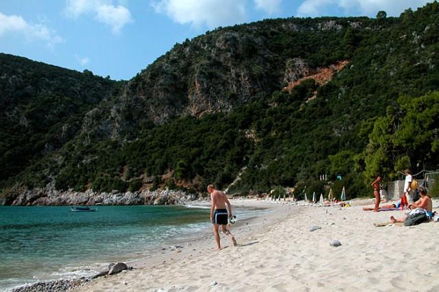 limnonari-beach