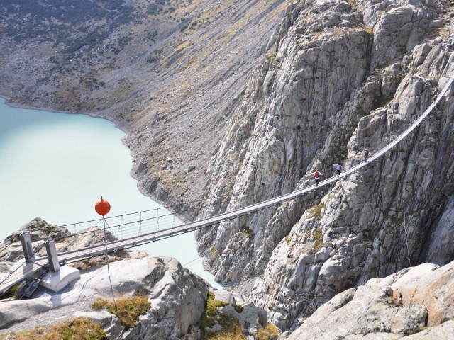 trift-bridge-stretches-over-the-trift-glacier-in-the-swiss-alps-the-bridge-spans-a-560-foot-gap-in-the-mountains