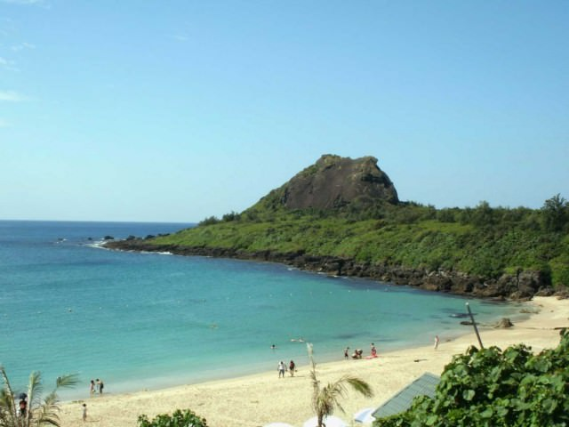 8-taiwans-southern-tip-boasts-beautiful-white-sand-beaches-such-as-those-that-make-up-the-coast-along-kenting-national-park