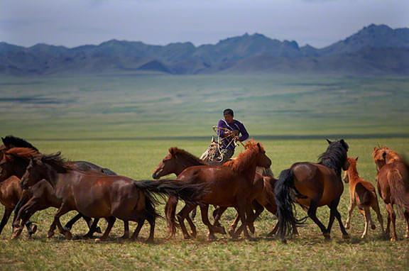 mongolia-nomads1