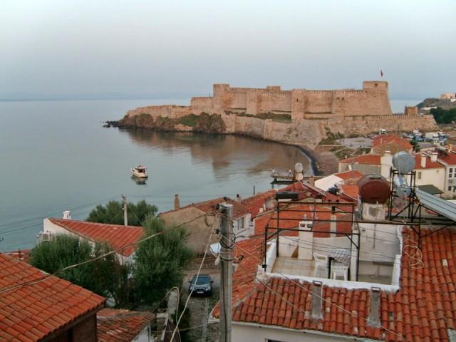 bozcaada_venetian_fortress_s7300318