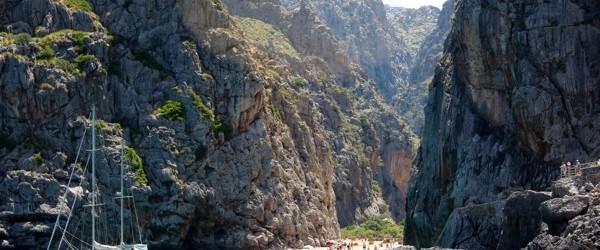 Coasta de nord-vest a insulei spaniole Mallorca