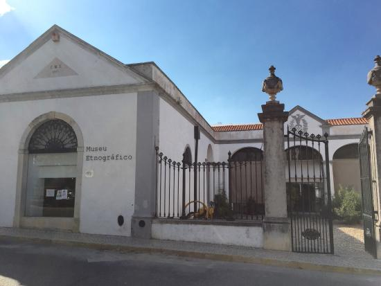 museu-etnografico-serpa