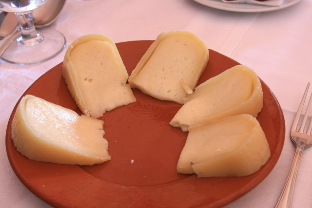 serpa cheese