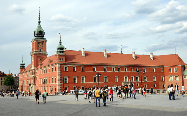 royal-castle-warsaw-poland