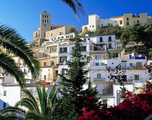 Spain, Balearic Islands, Ibiza (Eivissa), Ibiza-City: Old Town District Dalt Vila, cathedral | Spanien, Balearen, Ibiza (Eivissa), Ibiza-Stadt: Altstadtbezirk Dalt Vila, Kathedrale