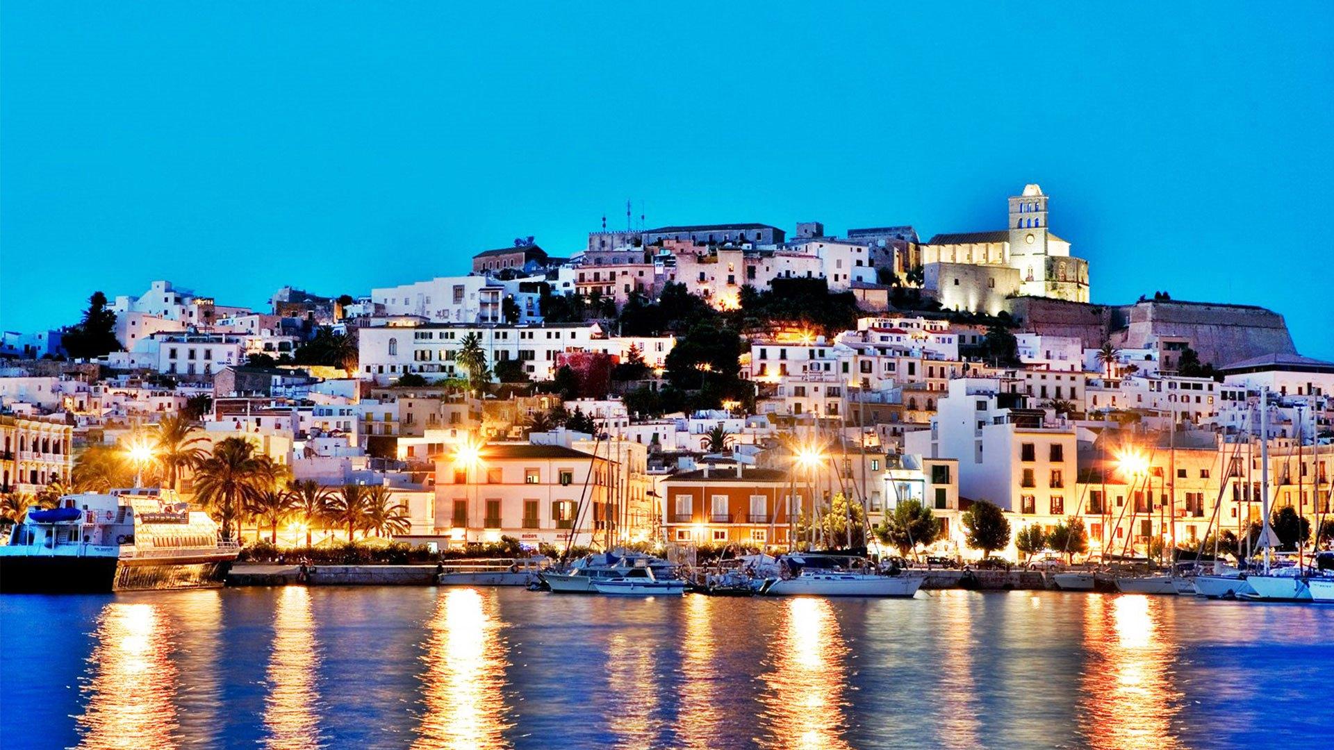 Ibiza, o insulă spaniolă deosebită !