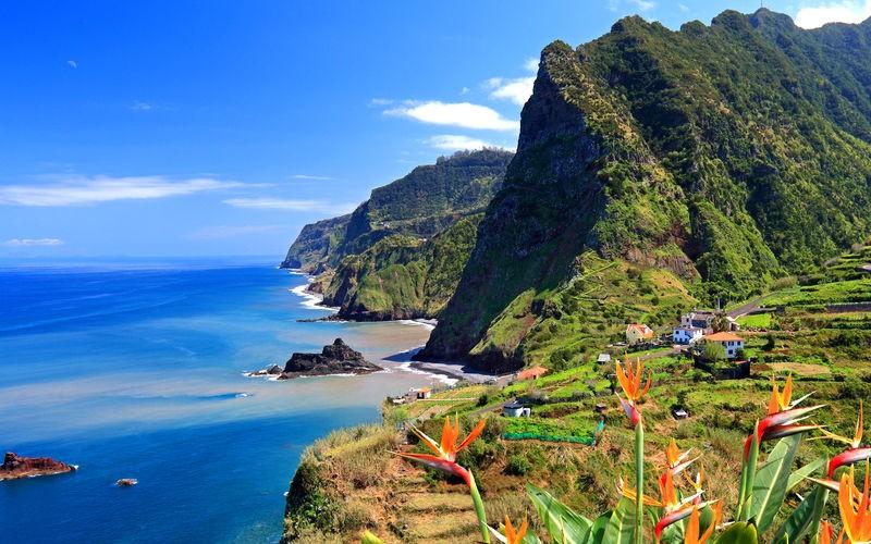 Steilküste bei Boaventura, Nordküste, Insel Madeira, Portugal