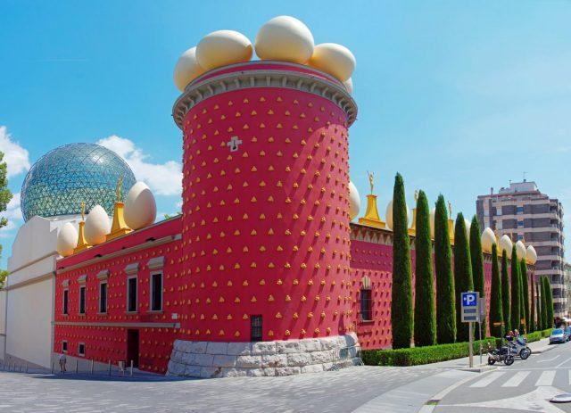 muzeul-salvador-dali