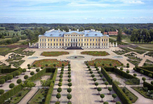 rundale_palace2