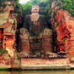 Cea mai mare statuie din piatră a lui Buddha