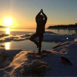 Yoga pe gheata in Laponia – vacanta relaxanta?!