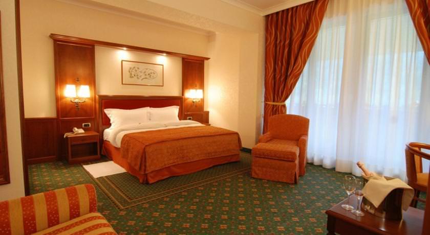 hotel-romantic-azuga-romania1