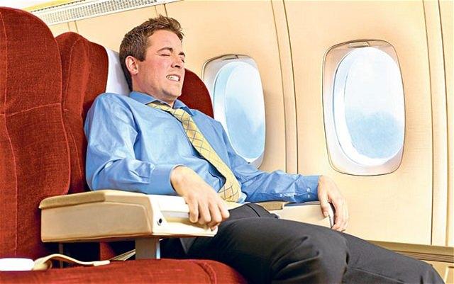 zborul cu avionul (1)