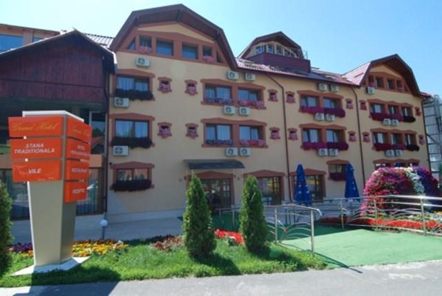 Grand Hotel Perla Ciucasului (6)