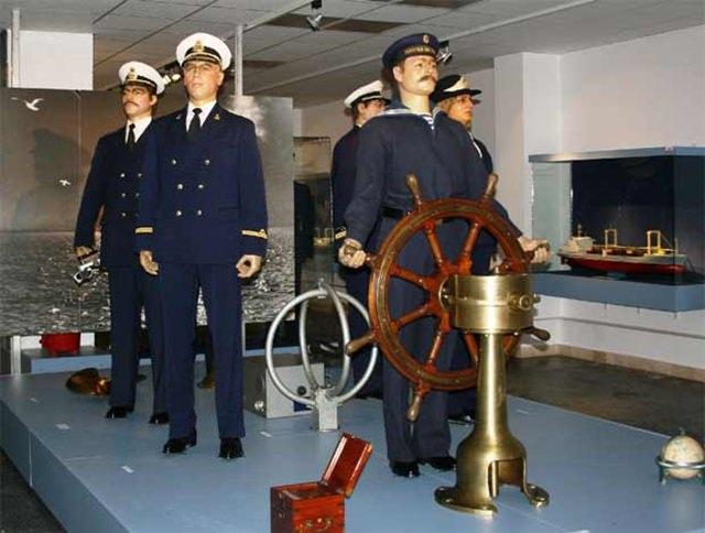 muzeul-marinei-romane-constanta (1)