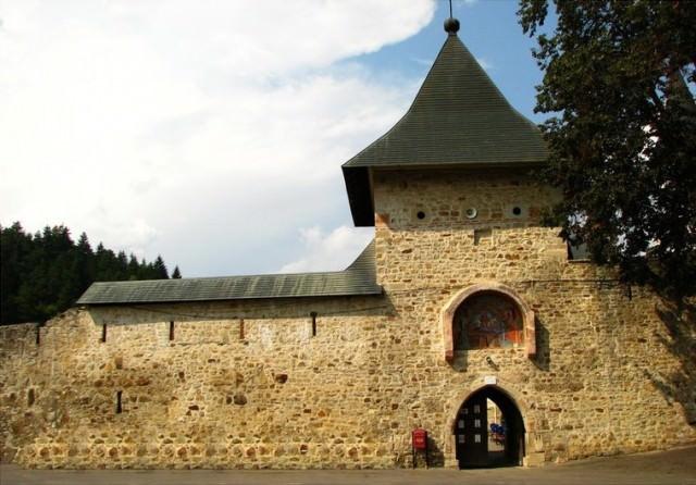 21-Manastirea-Bistrita