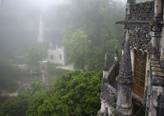 Palace-of-Mystery-Quinta-da-Regaleira-by-Taylor-Moore27__880