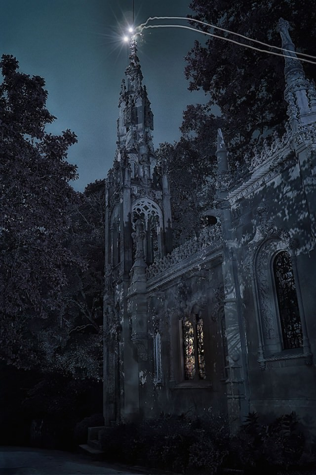 Palace-of-Mystery-Quinta-da-Regaleira-by-Taylor-Moore28__880